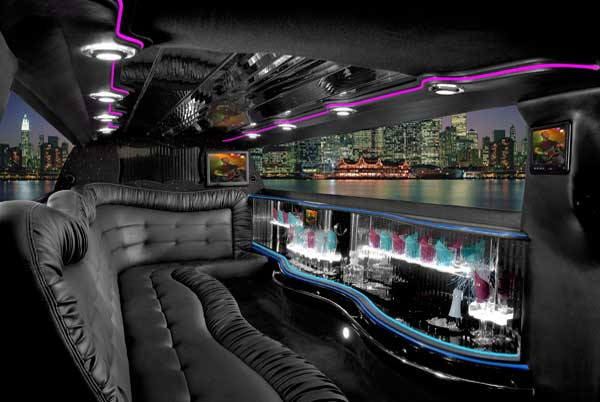 Chrysler 300 limo interior