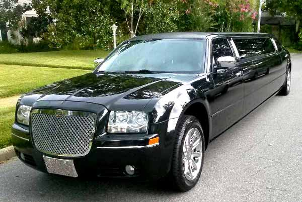 Chrysler 300 limo Roswell