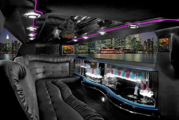 Chrysler 300 limo interior Stone Mountain