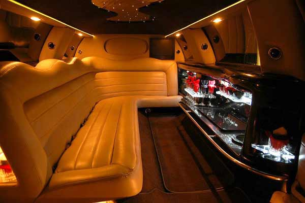 Lincoln stretch limo party rental Conley
